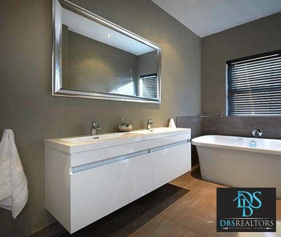Sandown property to rent. Ref No: 3227987. Picture no 11