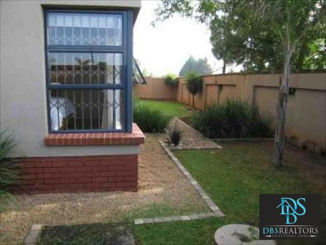 Morningside property to rent. Ref No: 3213675. Picture no 13