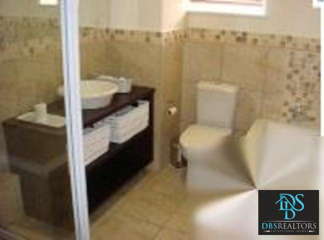 Illovo property to rent. Ref No: 3210460. Picture no 5