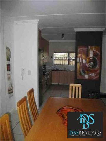 Morningside property to rent. Ref No: 3213675. Picture no 7