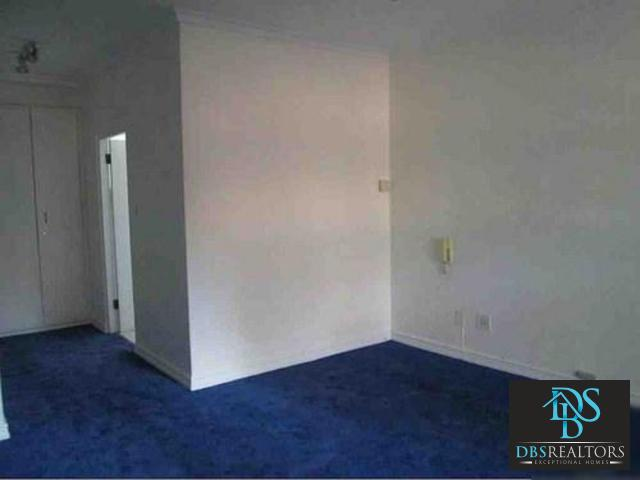 Houghton property to rent. Ref No: 3283115. Picture no 16