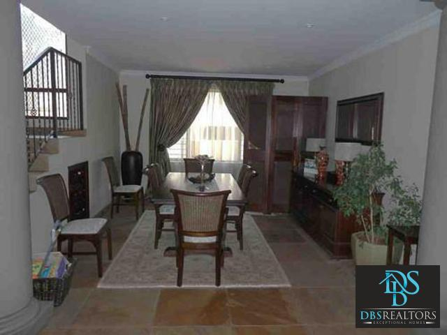 Dainfern property for sale. Ref No: 3228787. Picture no 11