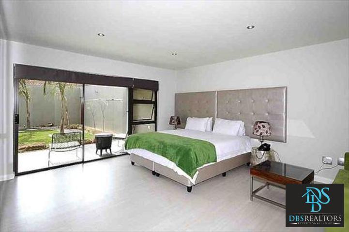 Sandown property to rent. Ref No: 3227987. Picture no 3