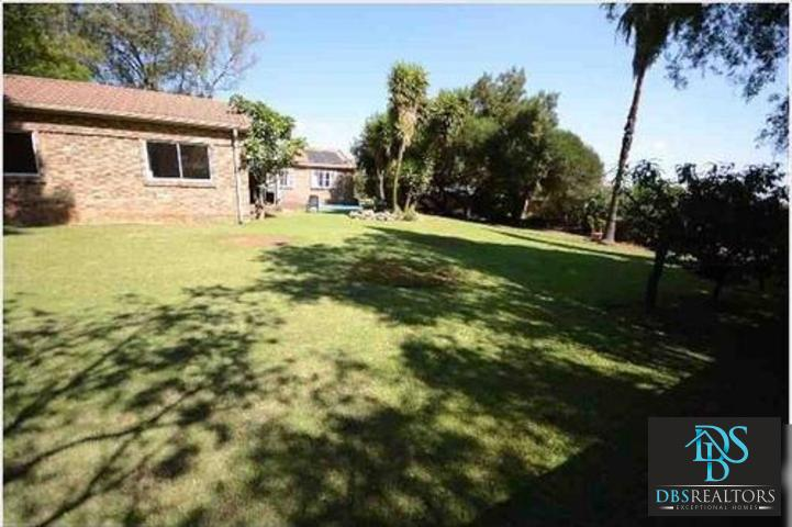 Bryanston property to rent. Ref No: 3284343. Picture no 15
