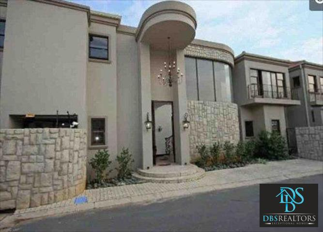 Bryanston West property for sale. Ref No: 13386713. Picture no 1