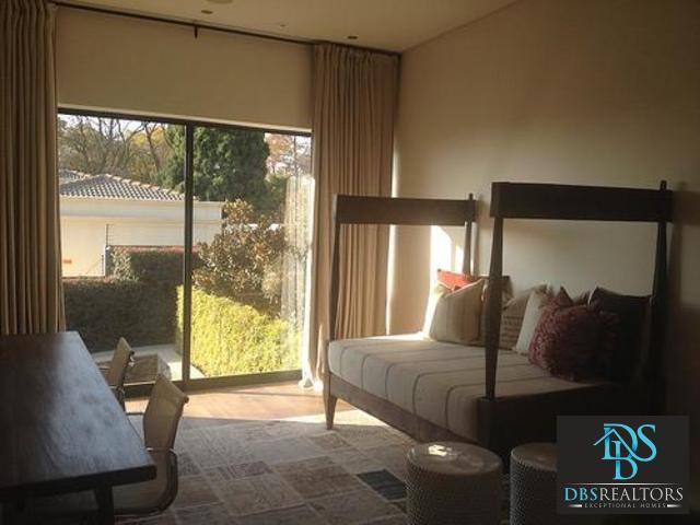 Property and Houses to rent in Sandton (All), House, 5 Bedrooms - ZAR ,150,00*,M