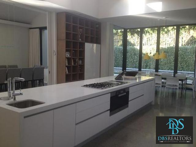 Hyde Park property to rent. Ref No: 3301611. Picture no 7