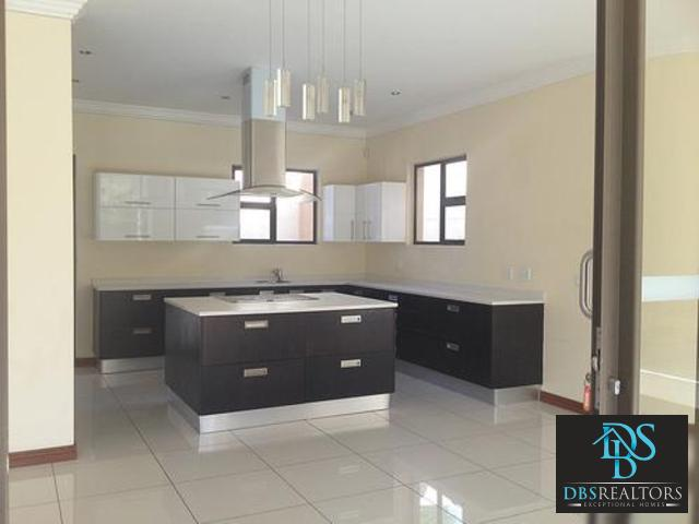 Sandown property to rent. Ref No: 3116378. Picture no 3