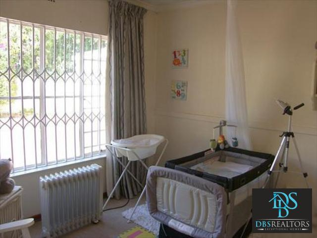 Sandown property to rent. Ref No: 3228780. Picture no 10