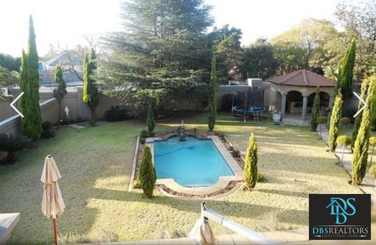 Bryanston East property for sale. Ref No: 13326516. Picture no 6