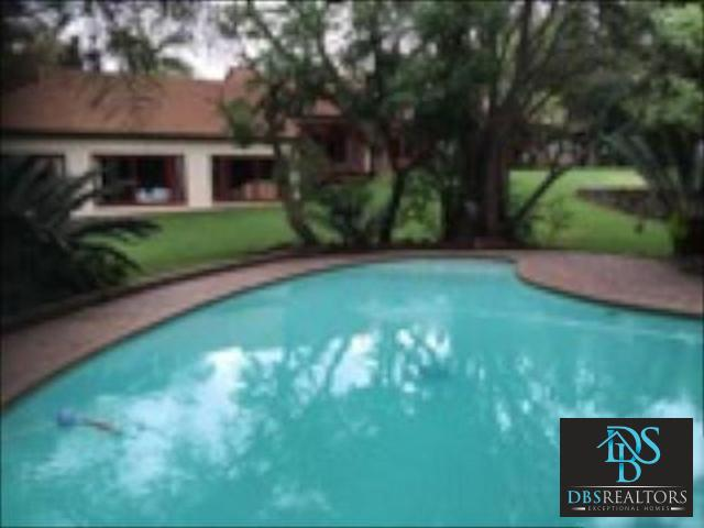 Bryanston West property to rent. Ref No: 3229580. Picture no 17