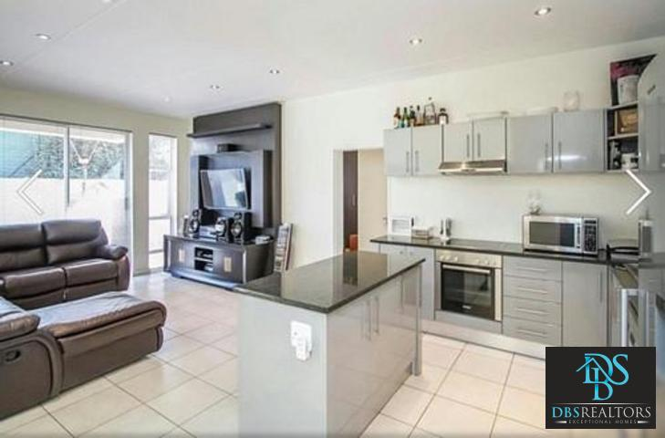 Bryanston property to rent. Ref No: 13277198. Picture no 10