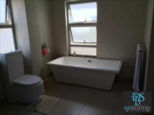 Sandown to rent property. Ref No: 3075229. Picture no 8