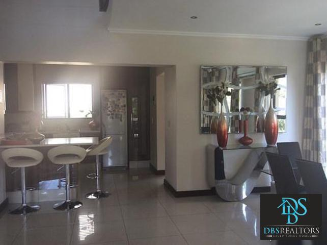 Beverly property to rent. Ref No: 13305402. Picture no 27