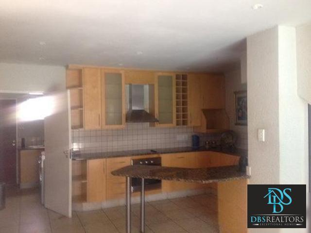 Sandown property to rent. Ref No: 13296110. Picture no 2