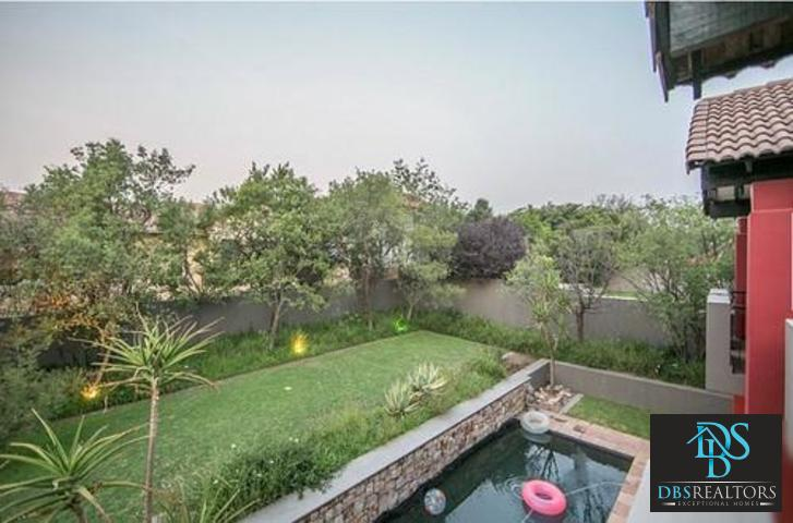 Fourways property for sale. Ref No: 13299240. Picture no 28