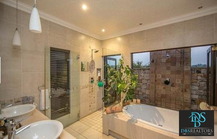 Fourways property for sale. Ref No: 13299240. Picture no 26