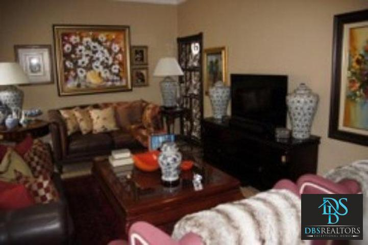 Parkhurst property to rent. Ref No: 3228134. Picture no 12