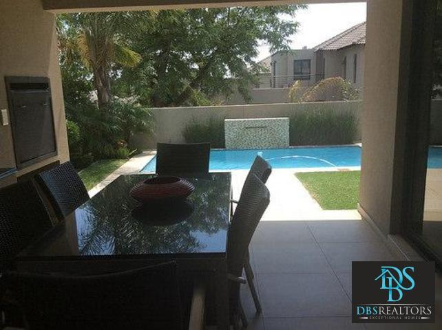 Beverly property to rent. Ref No: 13305402. Picture no 29