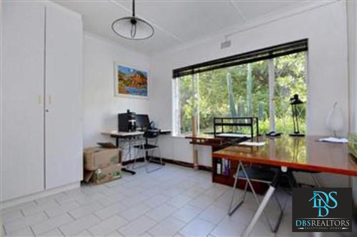 Bryanston property to rent. Ref No: 13322643. Picture no 18