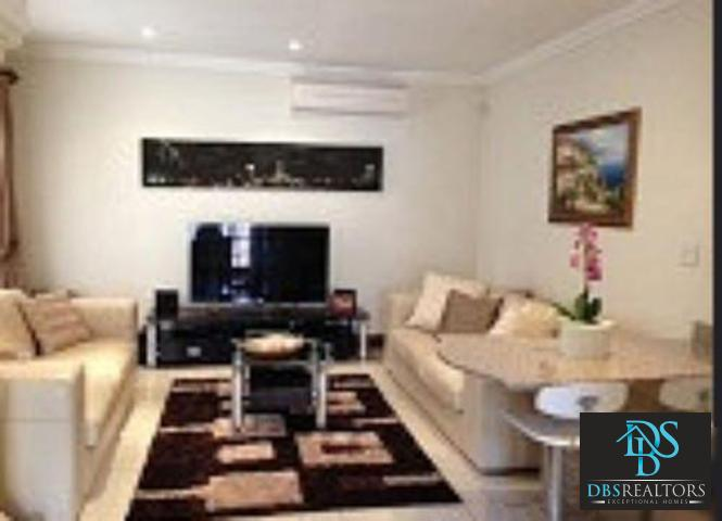 Sandown property to rent. Ref No: 3228967. Picture no 2