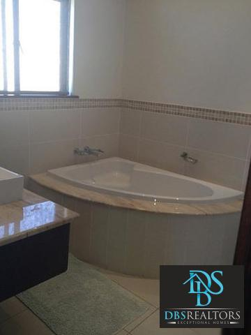 Sandown property to rent. Ref No: 3228967. Picture no 3