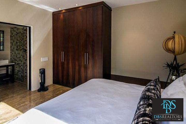Bryanston East property to rent. Ref No: 13382572. Picture no 74