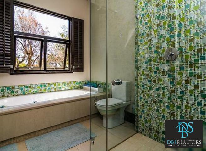Bryanston East property to rent. Ref No: 13382572. Picture no 42