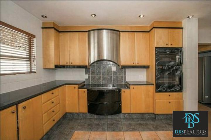 Dainfern property to rent. Ref No: 3228020. Picture no 12