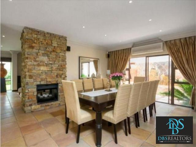 Bryanston West property to rent. Ref No: 13307945. Picture no 17