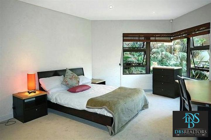 Sandown property to rent. Ref No: 3075312. Picture no 13
