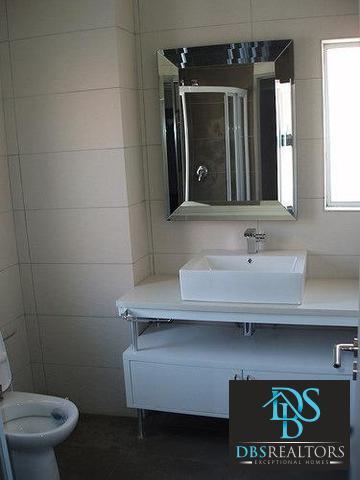 Sandown property to rent. Ref No: 3210304. Picture no 16