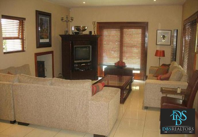 Woodmead property to rent. Ref No: 3294649. Picture no 7