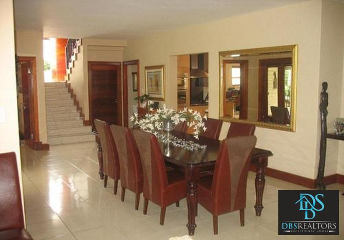 Woodmead property to rent. Ref No: 3294649. Picture no 6