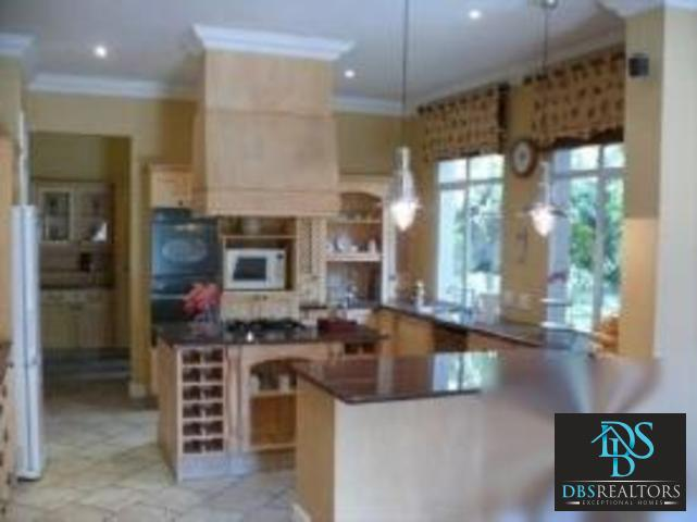 Bryanston West property for sale. Ref No: 3076896. Picture no 3