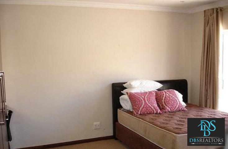 Riverclub property to rent. Ref No: 3075212. Picture no 9