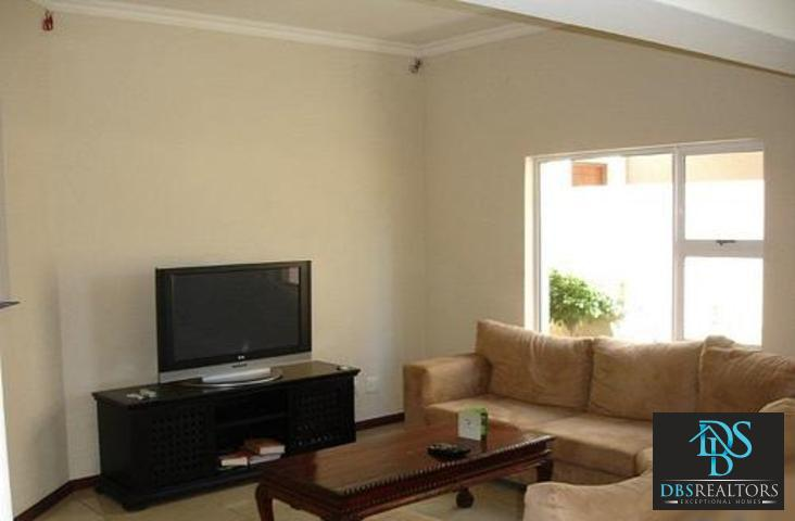 Riverclub to rent property. Ref No: 3075212. Picture no 4