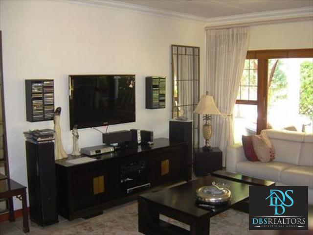 Bryanston West property to rent. Ref No: 3069774. Picture no 5