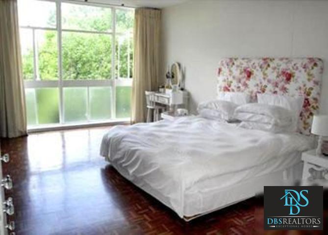 Illovo property to rent. Ref No: 3210460. Picture no 10