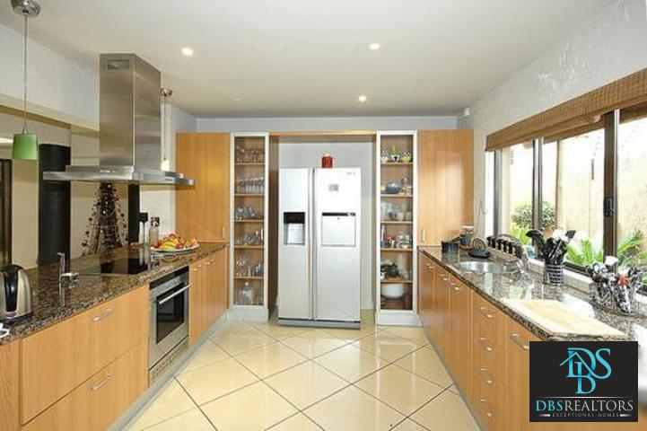 Sandown property to rent. Ref No: 3116382. Picture no 2