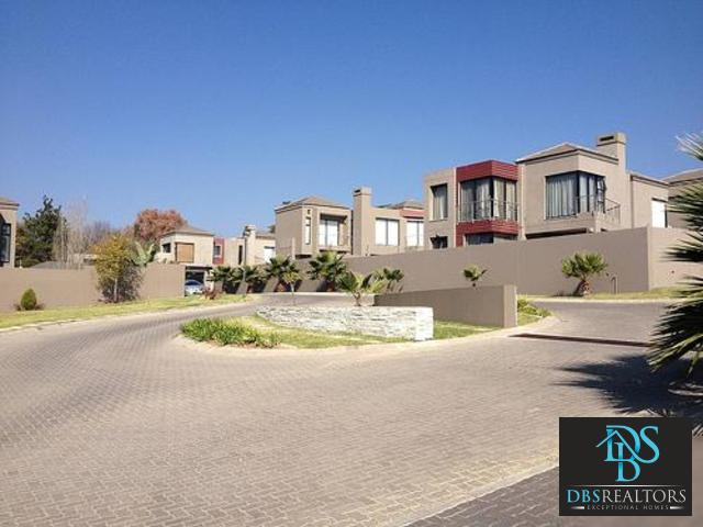 Sandton, Rivonia Property  | Houses For Sale Rivonia, Rivonia, Cluster 3 bedrooms property for sale Price:4,200,000