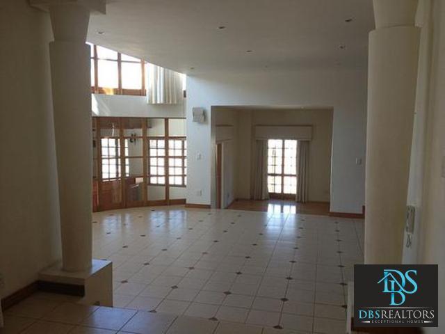 Bryanston property for sale. Ref No: 3116383. Picture no 3