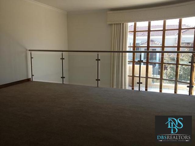 Bryanston property for sale. Ref No: 3116383. Picture no 9