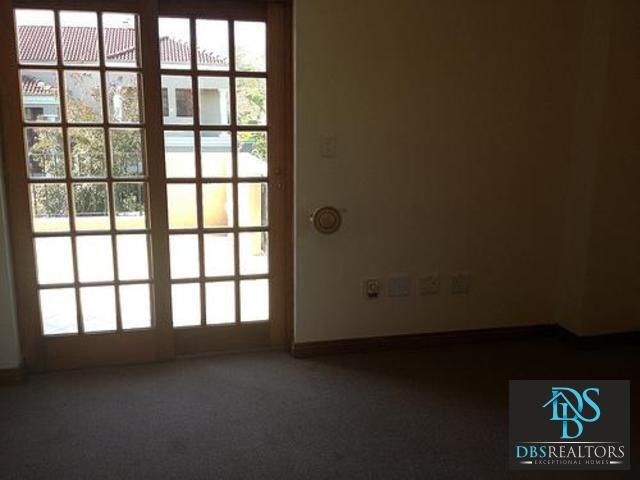 Bryanston property for sale. Ref No: 3116383. Picture no 8