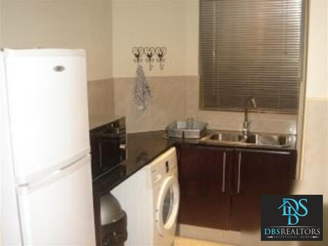 Sandhurst property to rent. Ref No: 3213677. Picture no 13