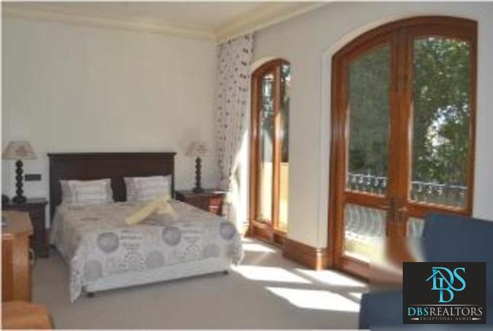 Hyde Park property to rent. Ref No: 3077025. Picture no 76
