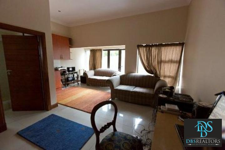 Bryanston East property to rent. Ref No: 3075338. Picture no 16