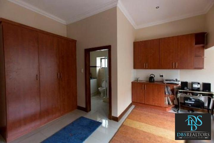 Bryanston East property to rent. Ref No: 3075338. Picture no 15