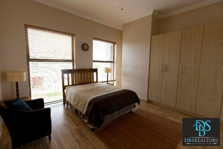 Bryanston East property to rent. Ref No: 3075338. Picture no 11