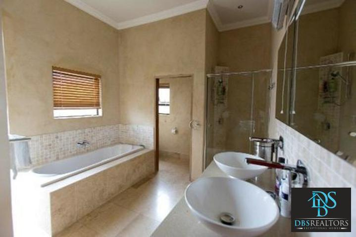 Bryanston East property to rent. Ref No: 3075338. Picture no 13